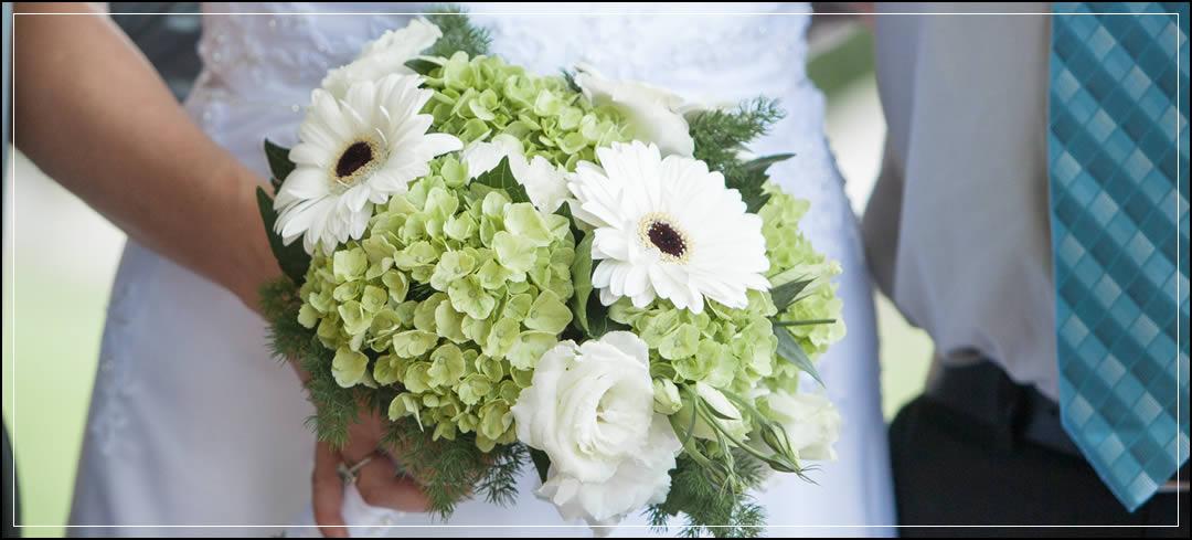Wedding Flowers / Tsillan Cellars / Steve & Sheri