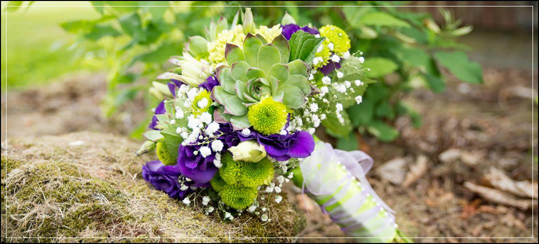 Wedding Flowers / Puyallup / Bill & Courtney
