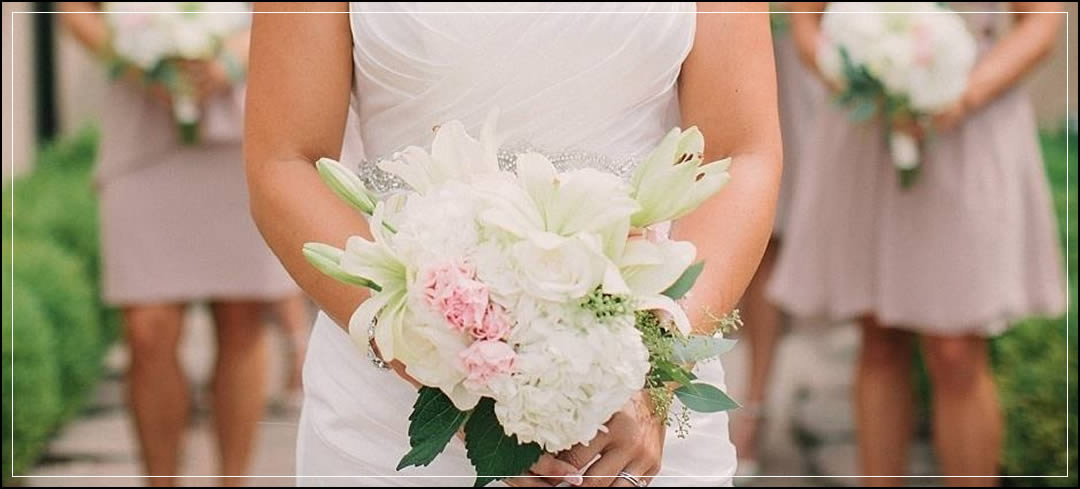 Wedding Flowers / Benson Vineyards / Kelli & Dustin in Chelan
