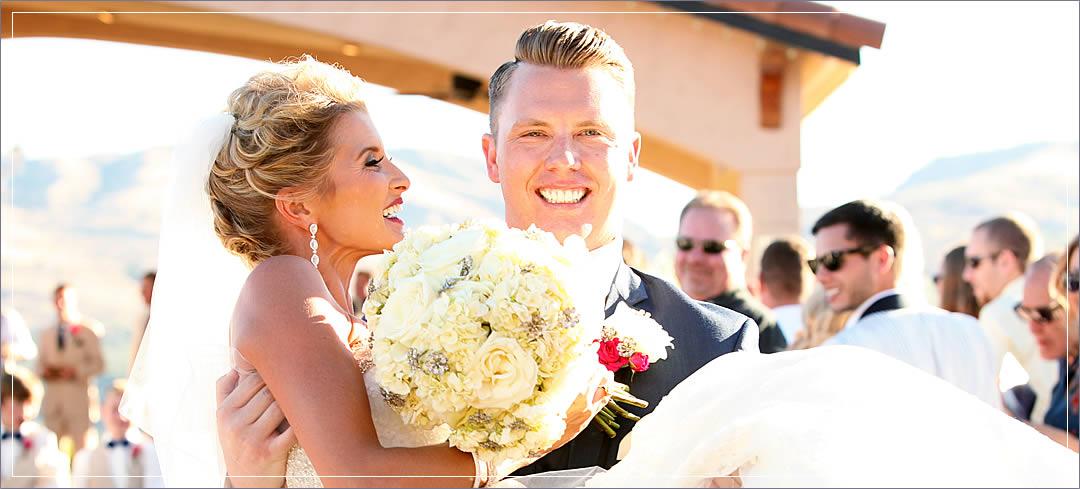 Wedding Flowers / Benson Vineyards / Jeff & Renee in Chelan
