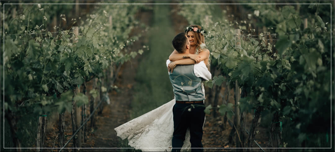 Wedding Flowers / Siren Song Vineyards / Sjell & Brit in Chelan