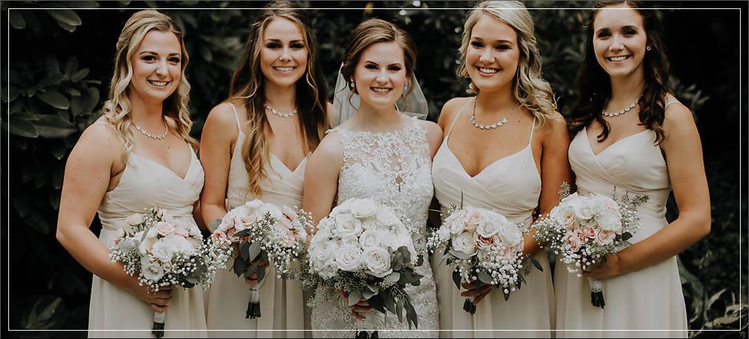 Wedding Flowers / Laurel Creek Manor / Taylor & Leah