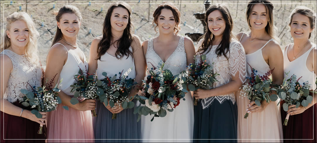 Wedding Flowers / Siren Song Vineyards / Mike & Noelle in Chelan