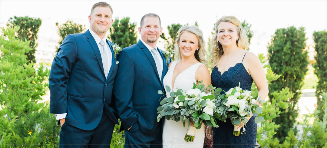 Wedding Flowers / Siren Song Vineyards / David & Megan in Chelan