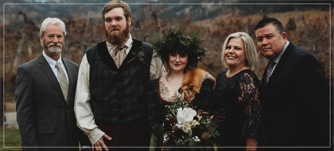 Wedding Flowers / The Leavenworth Lodge / John & Sarah